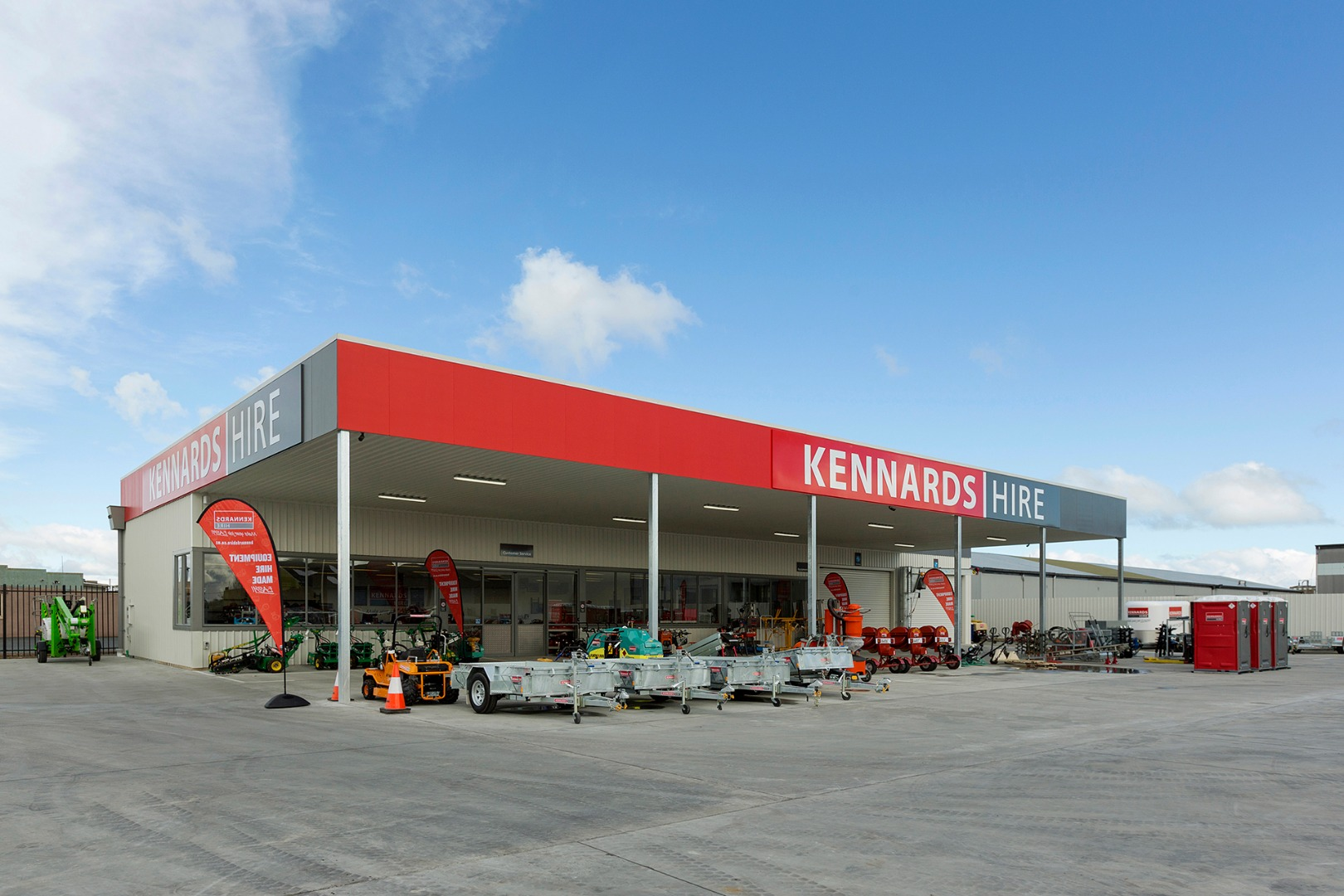 Kennards Hire front view 02_LOWRES.jpg