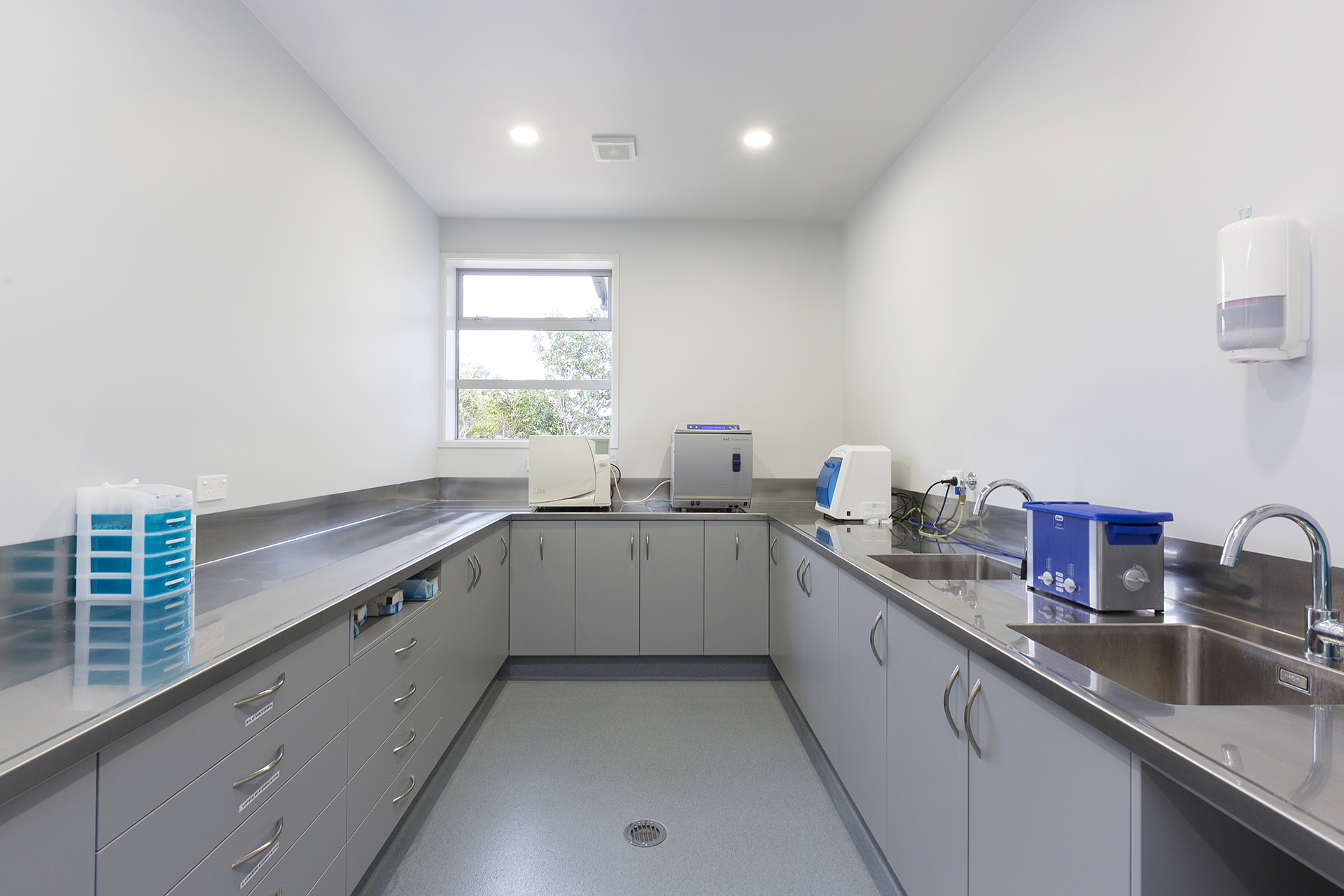 PAPAMOA DENTAL CENTRE